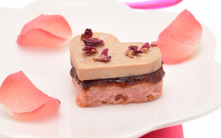 Cœurs de foie gras aux biscuits de Reims et pétales de roses Ernest Soulard